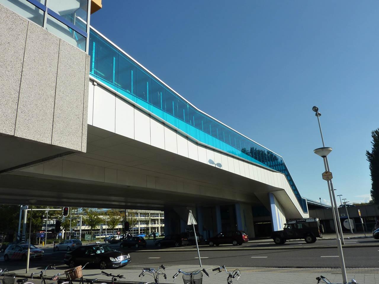 Metro Station Slinge-Exterieur