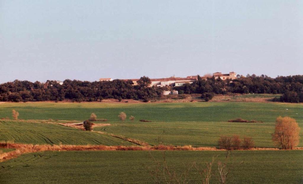 2by4-Wijnhuis-'St-Esteve'-surrounding-landscape